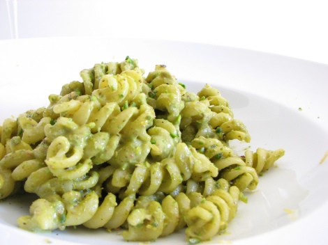 Basil-pesto-natural-health-diet-heart-healthy-nutrition-organic-recipe-anti-inflammatory-bacterial-microbial-inflammation-iron-vitamins-ENT-doctors in denver-doctors in colorado-ear-nose-throat-opperman-specialist-surgeon-otolaryngologist denver-pasta