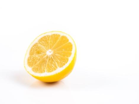 Professional Voice Blog - Health Benefits of Lemon